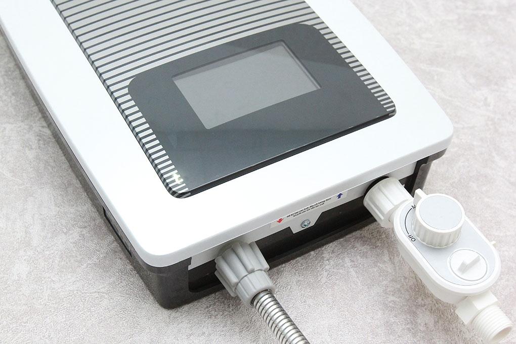 MÁY NƯỚC NÓNG  ELECTROLUX EWE451TX-DCC